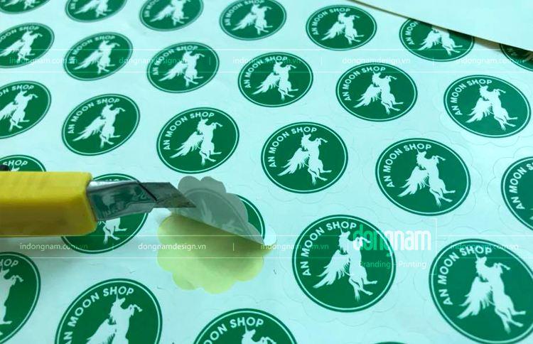 In sticker đề can giấy dán cốc hình cánh hoa